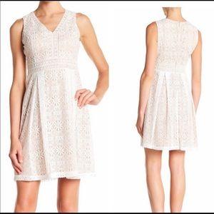 ✨ Kensie | Sleeveless V- Neck Crochet Lace Dress